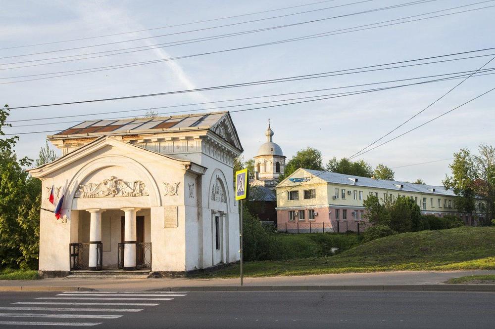 Проституткт велиеий новгород фото 263-868