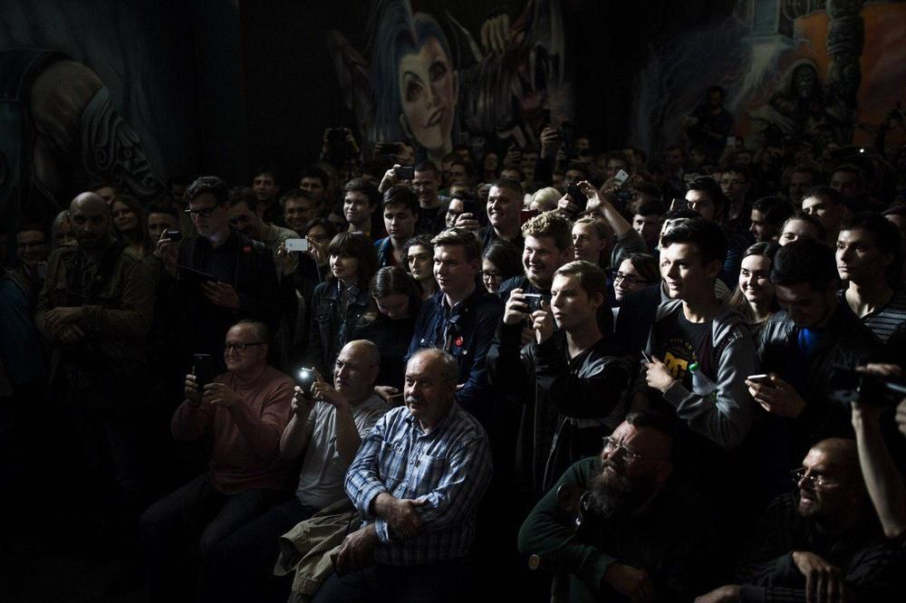 Навальный открыл в Пензе очередной 31 штаб. Народу (молодёжи) было много